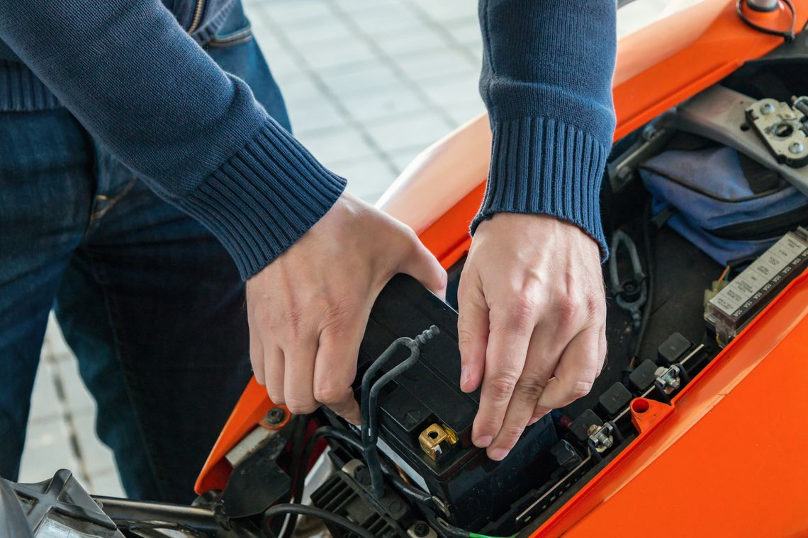 changing an agm battery in a motorcycle